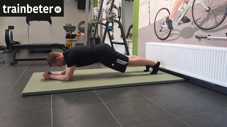 Planken: zo voer je de oefening wél goed uit!